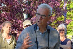 Eric Schaumburg Introducerer Deltagerne Til Fugleturen